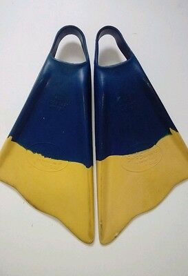Surf Seekers Board Fins by Plaat Flippers size medium excellent condition