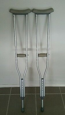 Crutches Pair of Crutch Local pick up MELB shoulder crutches Brand New sealed