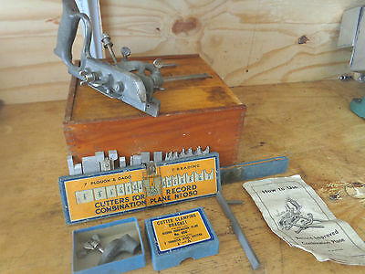 """A Vintage """"Record 050 Combination Plane"""" with  Cutters in Wooden Box"""