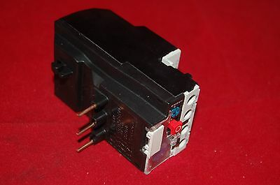 ONE NEW IN BOX FITS LR2 D1306 THERMAL OVERLOAD Relay 1-1.6A
