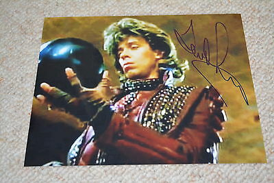 TERRENCE MANN  signed Autogramm 20x25 cm In Person CRITTERS