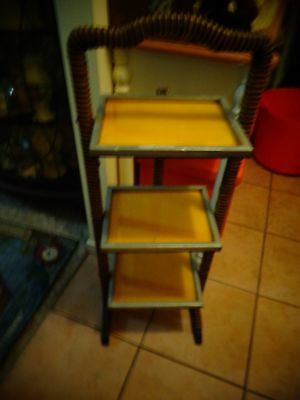 collectable 3 teir  fold up stand