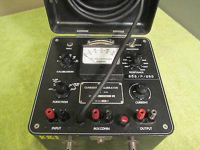 Foxboro Current Calibrator 8121A-118 Vac 60Hz