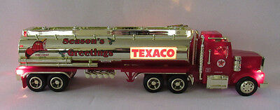 1998 Texaco Season's Greetings Fire Cheif Tanker Truck Lights Sounds 1/32 Scale