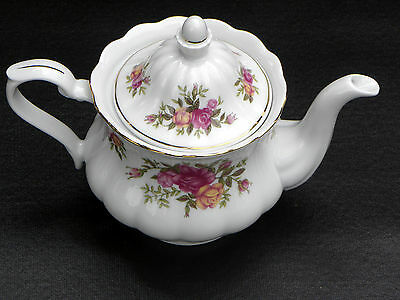 "4 Cup Tea Pot ~  CRYSTAL CLEAR CHINA FROM POLAND ""ENGLISH ROSE"" FINE PORCELAIN &"