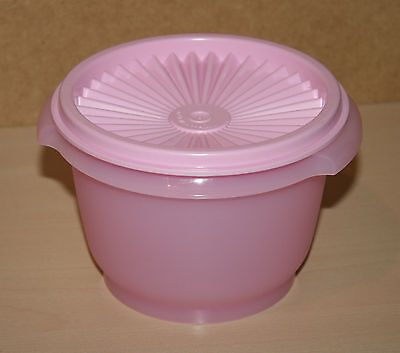 Tupperware Classic Servalier Bowl Container 20oz Pink Delight  New