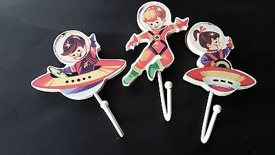 Shabby Vintage Chic Retro Style Spaceman Rocket Astronauts Wooden Coat Hooks