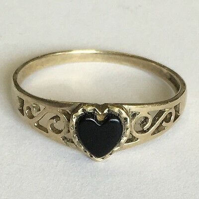 Solid 9ct Yellow Gold Hallmarked Onyx Heart Signet Ring Size M1/2