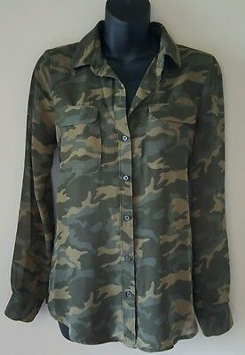 Womens blouse XS Old Navy camo longsleeve button front