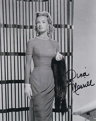Dina Merrill Signed Autograph And Headshot Photo Set The Player Buy Now
