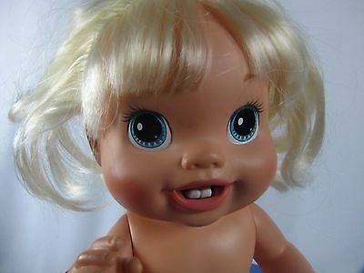 """Baby Alive Baby's New Teeth Drink & Wet Blonde Baby 2010 C-078A 13"""" Blue Eyes"""