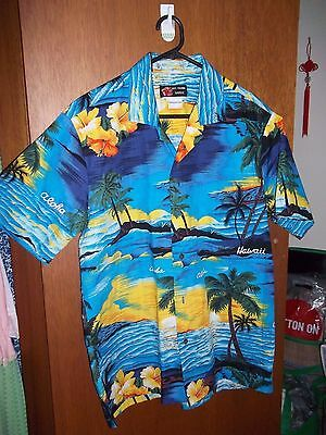 MINT - Genuine Vintage blue Mens Hawaiian Shirt - SZ M - 100 to 105 cm