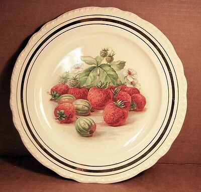 """VINTAGE Harker Pottery Strawberry 9 1/4"""""""" Diameter Plate - Gold Inlay Trim"""
