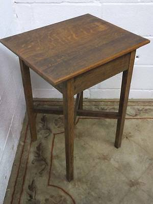 ANTIQUE SOLID OAK OCCASIONAL / SIDE TABLE , With CROSS STRECHED SUPPORTS