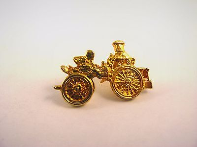 Vintage Collectible Pin: Antique Fire Engine Design Gold Tone