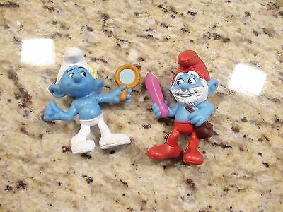 The Smurfs Peyo McDonalds Toy Lot of 2 Papa Smurf and Vanity Smurf