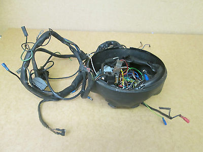 2003 R1 Oem Wiring Harness additionally Watch additionally Autoradio Dvd Player Gps Dvbt 3g Wifi Citroen C4 2004 2011 Xml 262 267 3405 also Bmw bussines cd53 pinout also Stereo Potentiometer Wire Harness. on bmw stereo wiring diagram