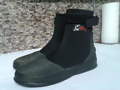 Wetsuit boots - World Wide SportsMan - size 7 - Perfects