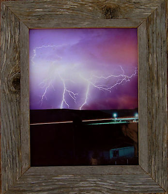 8x10--ANTIQUE,  BARN-WOOD, PICTURE  FRAME