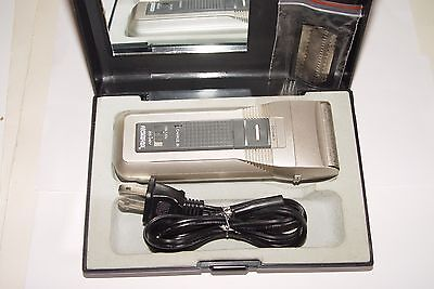 American Tourister Dual Voltage Cordless Electric Shaver Used Works Fine
