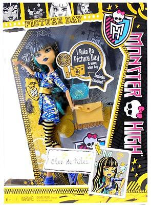 Monster High Cleo de Nile Doll Picture Day Set Y4313