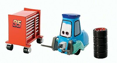 Disney/Pixar Cars Pit Crew Guido with Tyres & Tool Cart Diecast Vehicle. Free Sh