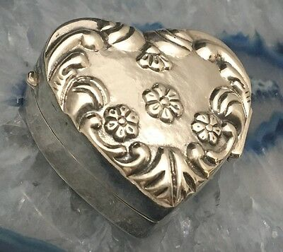 Vintage Heart Shaped Repousse .925 Sterling Silver Pillbox or Trinket Box -L334