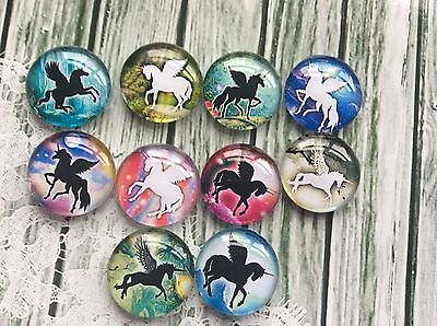 10 x 20mm Round Unicorn Pegasus Silhouette Glass Cabochons for jewellery,craft