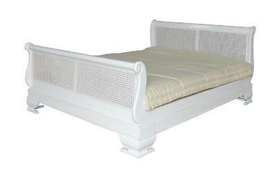 5' King Size Rattan Sleigh Bed Antique White Solid Mahogany & Rattan B012P