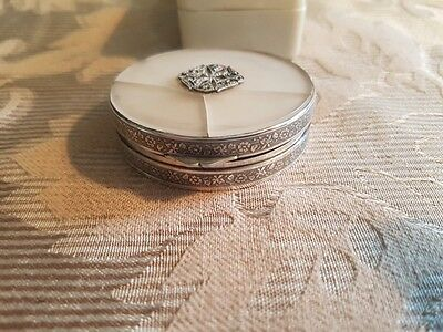 Vintage Art Deco Sterling Silver Powder Compact / Case.