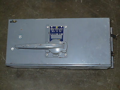 Square D QMB-3620 Saflex Fusible Panelboard Switch, 200A, 3P, 600 VAC, Used
