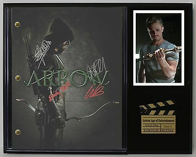 Arrow - Reprinted Autograph TV Script Display - USA Ships Free