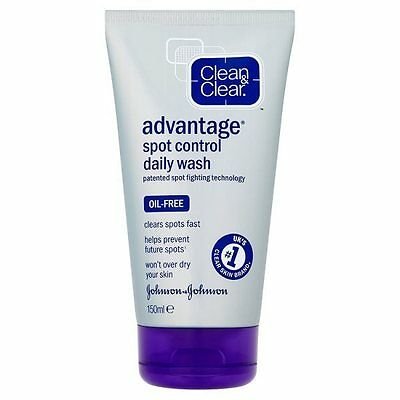 Clean & Clear Advantage Spot Control Oil Free Fast Action Daily Face Wash 150ml