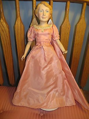 ELEANOR ROOSEVELT First Lady Limited Edition Porcelain Doll Inauguration Dress