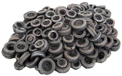 Model Train HO Accessories - Walthers Stack of old tyres #949-3004