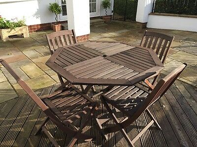 Wooden Outdoor Garden Table And 4 Chairs Set Foldable Great Condition