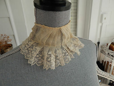 Lovely Antique Victorian EdwardianHand Made Lace Collar