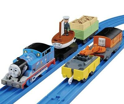 Tomy Trackmaster Motorized Thomas & Friends Mud Thomas W/ Skiff & Marion