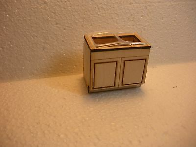 Dollhouse Miniature Half Inch Scale  Sick Base