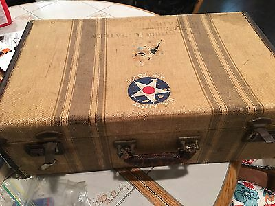 Ww11 U.s.army Air Corps Pilots Personal Suit Case With Personal Items Inside