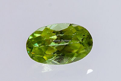SPHEN TITANIT facettiert oval limone grün lime green ca.  5x3 mm ca.0,3 ct