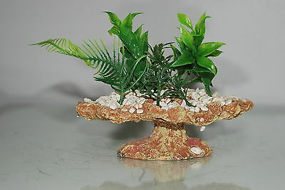 Small Aquarium Rock Decoration With Plants & Pebbles  16 x 12.5 x 15 cms