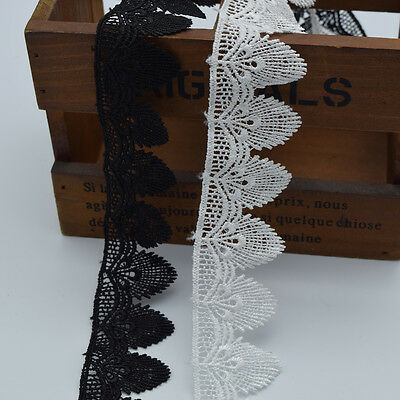 14yards  white and black Flower Venise/Venice Lace Victorian Lace Scalloped1.4''