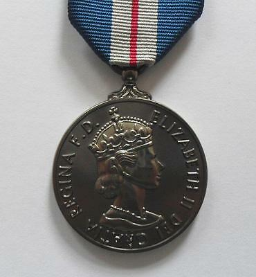 Medals - Queen's Gallantry Medal And Ribbon - Full Size.