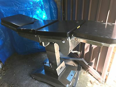 Operating Table /  Surgical Table.  Trendelenburg/X Ray Translucent / Hydraulics