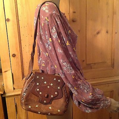 1970 Vintage TOOLED with flowers Brown Leather HANDBAG Purse Missing Toggle