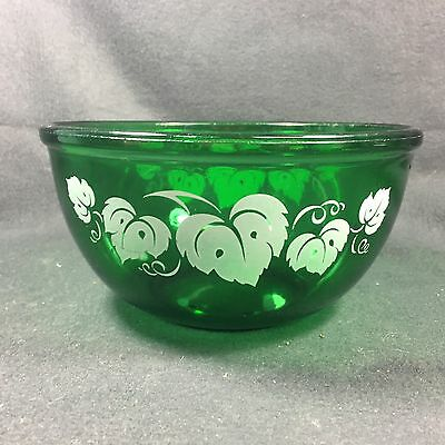 "Hocking Forest Green 7"" Mixing Bowl with White Ivy Leaves"