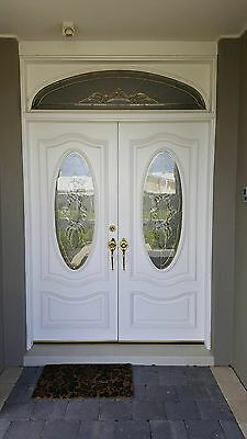 Entrance Double doors with leadlight
