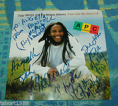 Ziggy Marley + The melody makers Autographed CD EXTREMELY RARE. 1995 Bob Marley