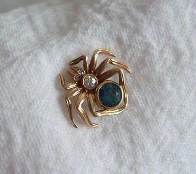2.6 Gram 14KT K Yellow Gold Signed Spider Brooch/Pin with Diamonds Blue Topaz